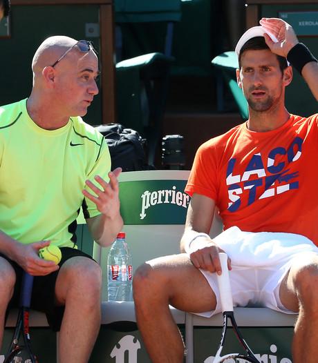 Agassi coacht geplaagde Djokovic ook op Wimbledon