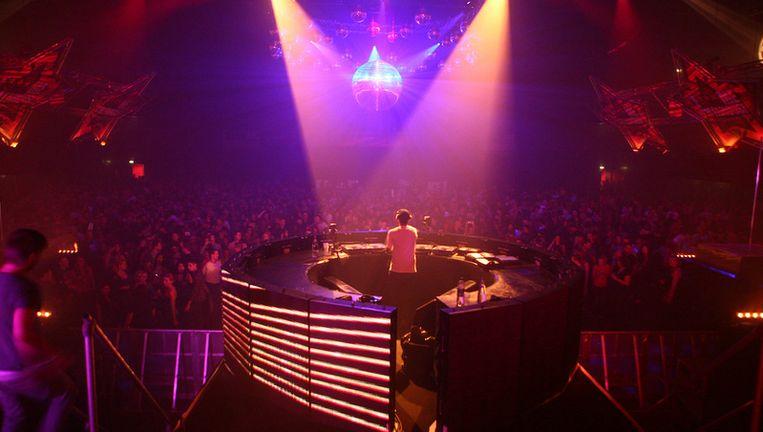 De industrie staat tijdens het Amsterdam Dance Event nauwelijks op de dansvloer, daarom is er publiek. Foto Het Parool Beeld
