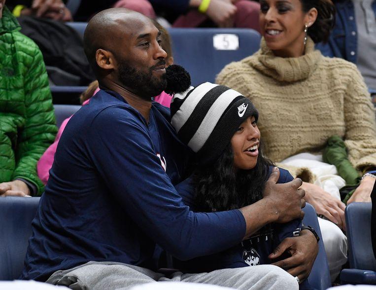 Kobe en zijn dochter Gianna (13), die stierf in de crash met haar vader.