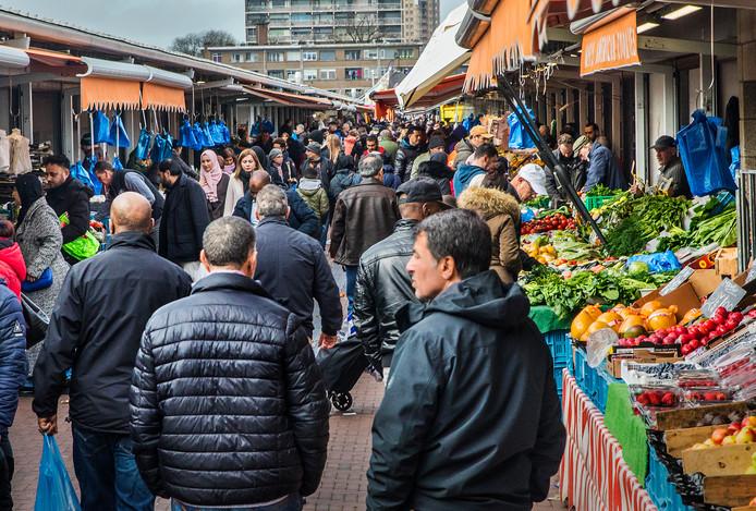 De Haagse Markt mag open blijven.