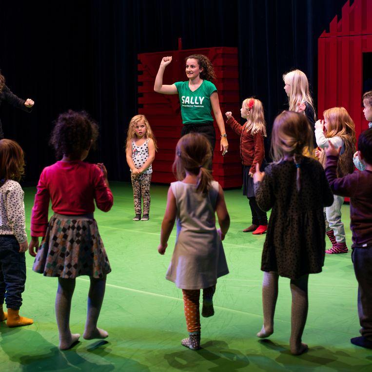 Theater De Krakeling is een van de gelukkigen die wel geld van het AFK krijgt voor de komende vier jaar. Beeld Lin Woldendorp