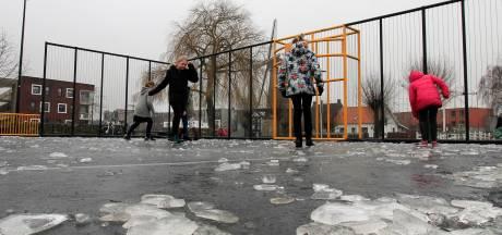 Cruijffcourt Schoenmakershoek nog geen ijsbaan