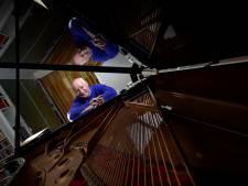 Pianist Van Tuijl is weer 'thuis' bij De Volharding in Valkenswaard