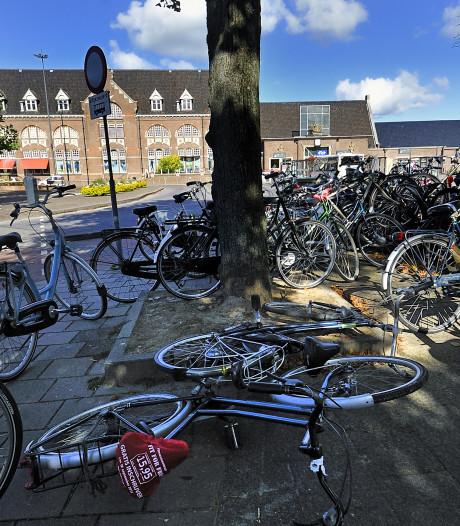 Toegang bewaakte fietsenstalling bij station Roosendaal deugt niet