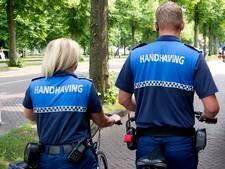 Ondernemers pleiten voor handhaving in blauwe  parkeerzone in Velp