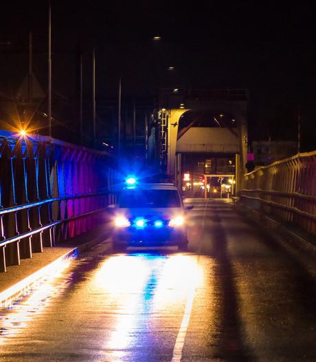Autobestuurder mishandeld na ongeluk in Brummen