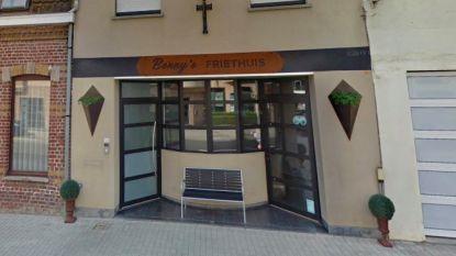 Bonny's Friethuis blijft gewoon open na kleine brand aan dampkap