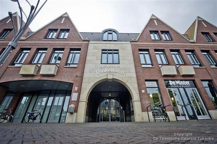 Tijdens de dorpswandeling op 17 augustus is er niet alleen aandacht voor erfgoed dat is verdwenen, maar ook voor hedendaags erfgoed zoals het nieuwe gemeentehuis van Dinkelland.