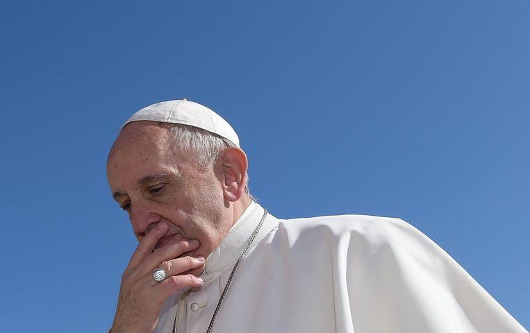 Paus geeft seksueel misbruik van nonnen in de Katholieke Kerk toe