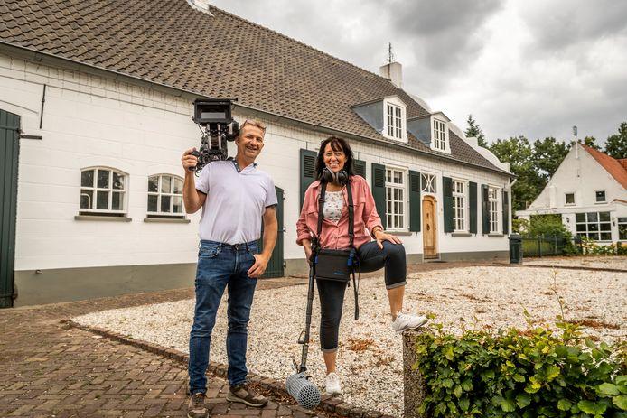 Filmmakers Ronny en Relinda Buteneers uit Budel-Dorplein maken een documentaire over de Teuten.