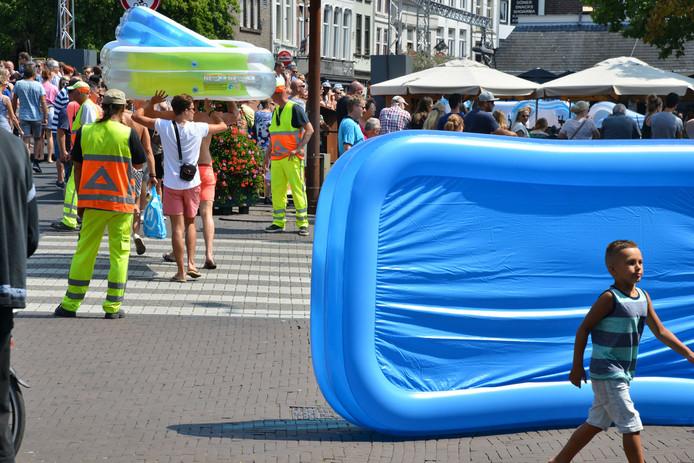 Grote drukte op het water tijdens Breda Drijft.