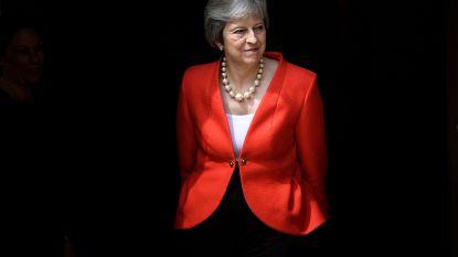"""May over brexit: waarschuwing voor critici en raad van Trump om """"EU te vervolgen en niet te onderhandelen"""""""