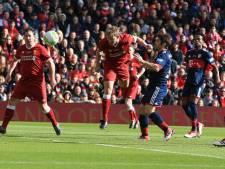 Kuyt en Makaay in evenwicht in 'legendwedstrijd' op Anfield