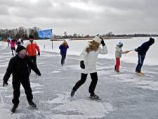 Loosdrechtse Plassen weert boten in hoop op schaatsavontuur