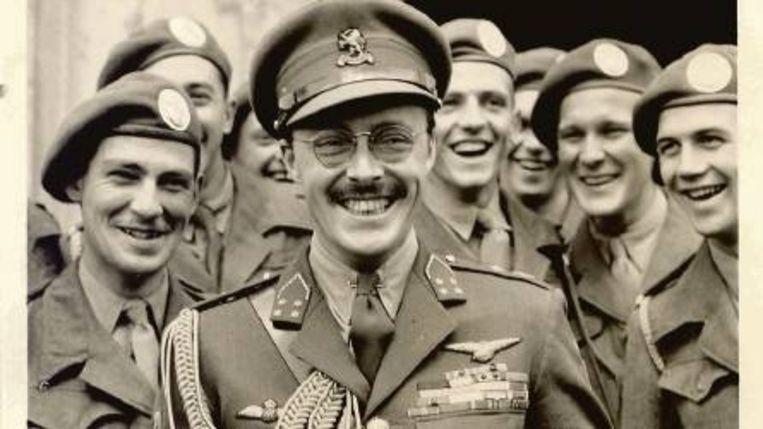 Prins Bernhard in 1946 als inspecteur-generaal. Beeld