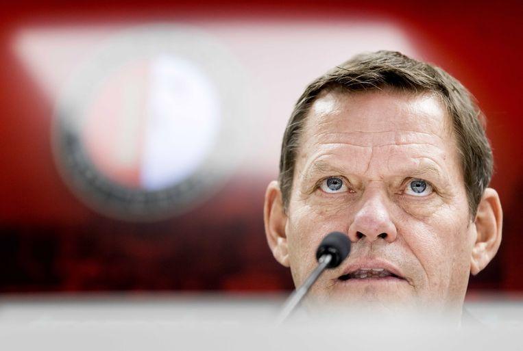 Frank Arnesen dinsdag bij zijn presentatie als technisch directeur van Feyenoord. Hij sprak al met Dick Advocaat. Het was geen verrassing waar de trainer om vroeg: nieuwe spelers. Beeld EPA