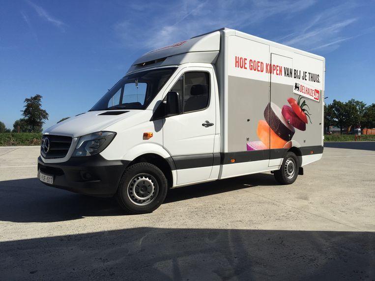 De boodschappen worden bezorgd met bestelwagens vanuit een depot in Puurs. In Brussel en Gent wordt met kleinere hubs gewerkt.