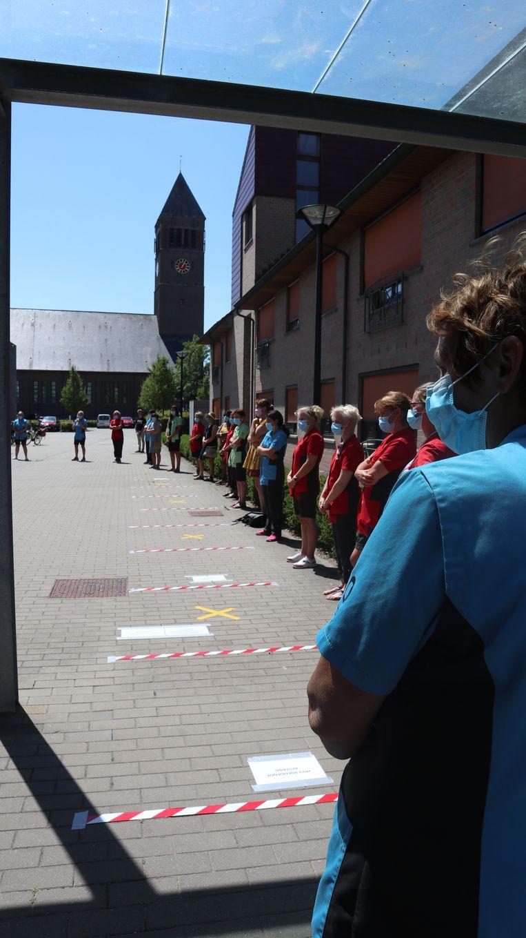 De stilte in de rusthuizen van Zorgbedrijf Meetjesland was aangrijpend.
