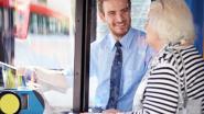 """""""Ik ontmoette een bejaarde vrouw op de bus. Ze vertelde me de aangrijpende reden waarom ze naar de bioscoop ging en veranderde mijn leven voorgoed"""""""