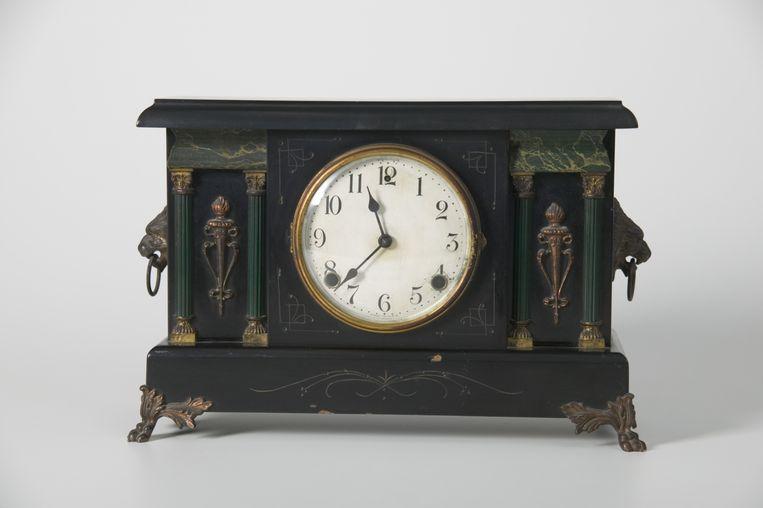 Een antieke klok. Beeld null