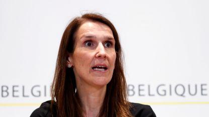 Regering-Wilmès maakt doorstart als minderheidsregering en krijgt van oppositiepartijen tijdelijke volmachten om coronacrisis aan te pakken