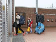 Schouwen huurt Vluchtelingenwerk nog voor één jaar in
