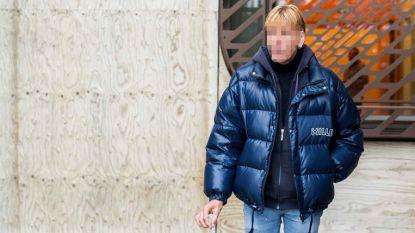 Veroordeelde indianenliefhebber blijft ex-vrouw bedreigen en riskeert extra straf