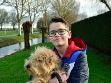 Dappere Thijs (13) vertelt bij Jeugdjournaal over zijn beenamputatie