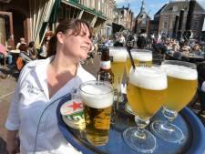 Cafés denken aan gezamenlijk terras: 'Dat we open mogen is vooral fijn voor onze klanten'