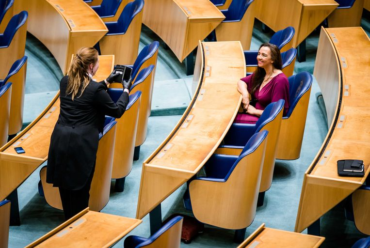 Isabelle Diks (Groenlinks) voorafgaand aan haar afscheid als Kamerlid. Beeld ANP