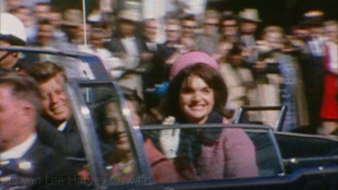 Na 56 jaar beklijven de beelden nog steeds: president Kennedy doodgeschoten in Dallas