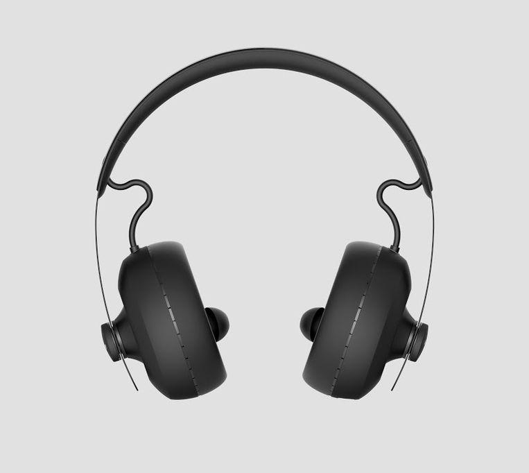 De Nuraphone van het Australische bedrijf Nura past zich aan op het gehoor van de luisteraar. Beeld Nura