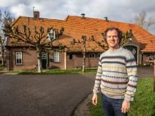 Westerling waakt over oude boerderijen in Westenholte (en is nog lang niet klaar met zijn onderzoek in Zwolle)