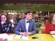 Lesje eendracht voor politici op Strabrecht College in Geldrop