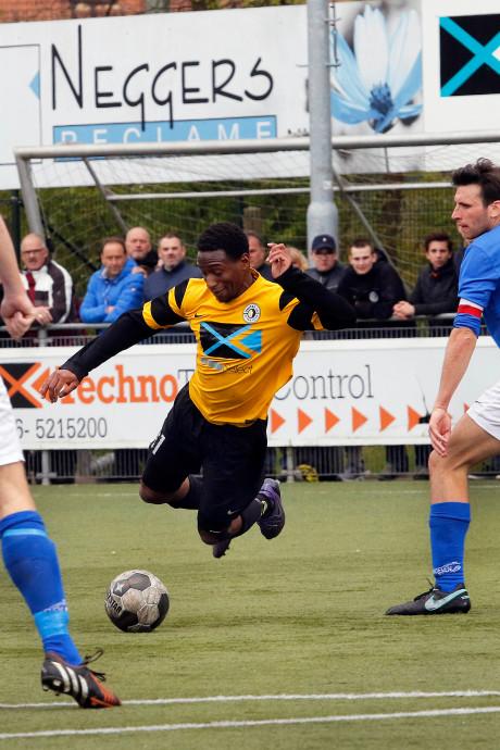Eerste speelrondes amateurvoetbal: Unitas'30 en Hoeven openen met derby, Moerse Boys ontvangt Rood-Wit