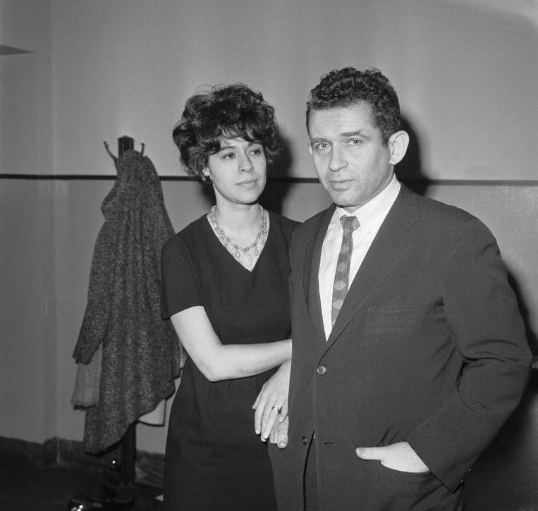 Romans, essayistiek, journalistiek en zijn waanzinnige leven lopen door elkaar heen bij Norman Mailer
