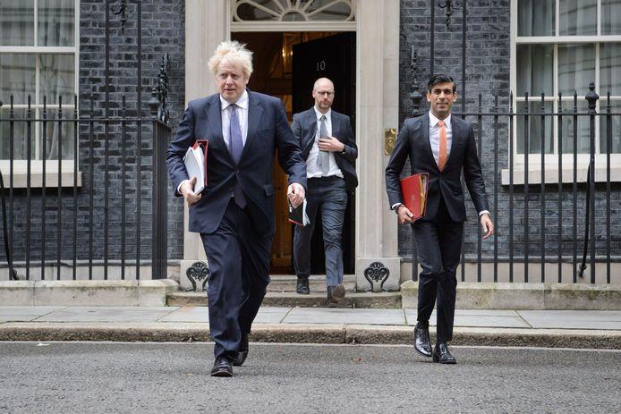 De Britse premier Boris Johnson (l.) had 15 oktober als deadline voor een akkoord vooropgesteld.