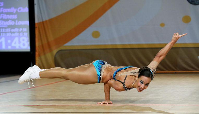 Lissa Van Brande aan het werk op het WK aerobics.