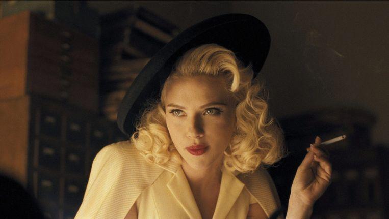 Scarlett Johansson als DeeAnna Moran in Hail, Caesar! Beeld epa
