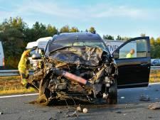 Twee gewonden na ernstig ongeluk op A67