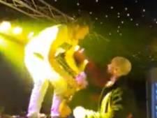 Rapper Sjors van podium gestuurd na bierdouche in Oss