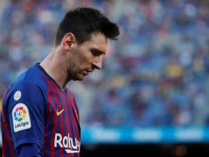 Entre Messi et les fans du Barça, le temps est à l'orage