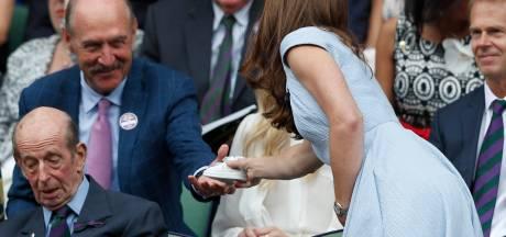 Quand Stan Smith offre à Kate Middleton une mini-paire de baskets pour Louis