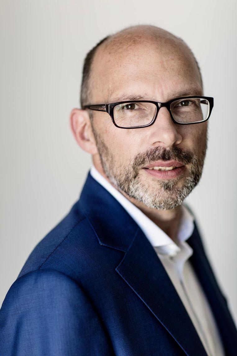 Guus Sluiter, directeur van het uitvaartmuseum Tot Zover, begint met fondsenwerving. Hij denkt 1,5 ton nodig te hebben voor verbetering van het museum. Beeld -