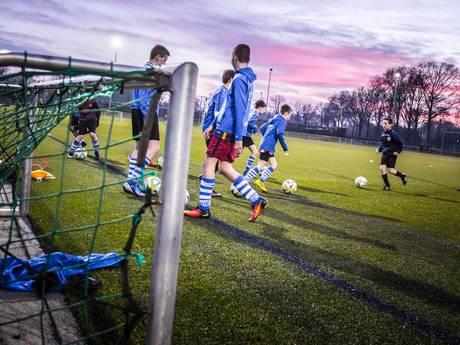 Weggestuurde jeugdleden mogen weer voetballen bij Bladella