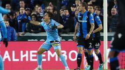 VIDEO: Charleroi krijgt geen penalty na fout op Benavente, Club krijgt wel strafschop