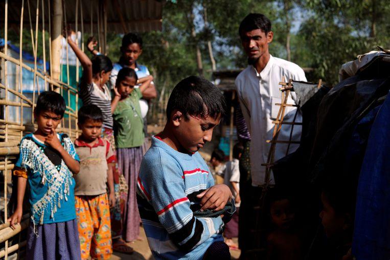 De 10-jarige Md Idris, een Rohingyavluchteling, getuigde dat hij door Myanmarese soldaten werd beschoten.