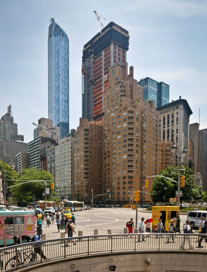 De  nieuwe wolkenkrabber '220 Central Park South' in aanbouw.