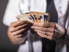 Almelose zorgdirectrice nam 1,3 miljoen privé op, maar weet niet meer waarvoor