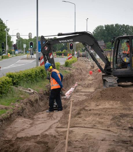 Werk spoorkruisingen in Elst gaat van start